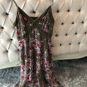 White House Black Market Velvet Dress, Size 6